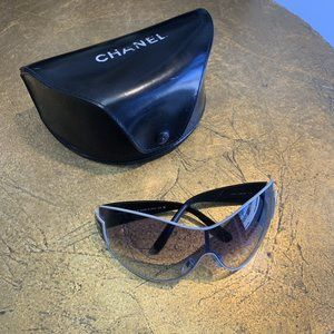 LUXURY White CHANEL Sunglasses